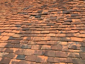 clay tiles roofing